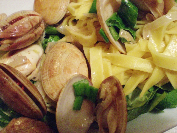 Clams and pasta, 068