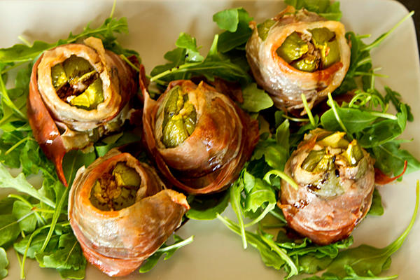 Italian food forever, stuffed figs